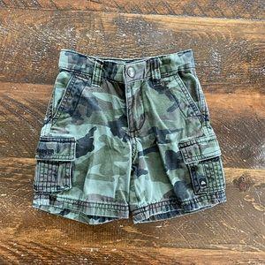 QuickSilver Shorts 12M